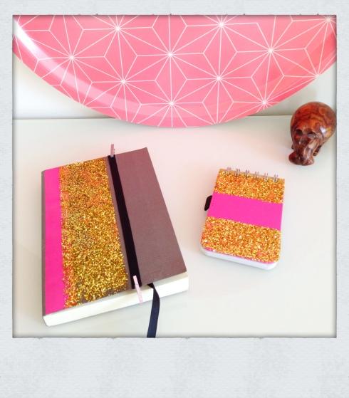 DIY cahier à paillettes
