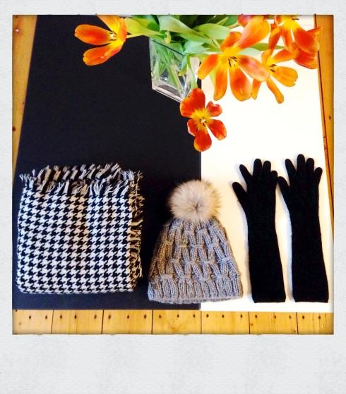écharpe monoprix bonnet headict et gant Bompard